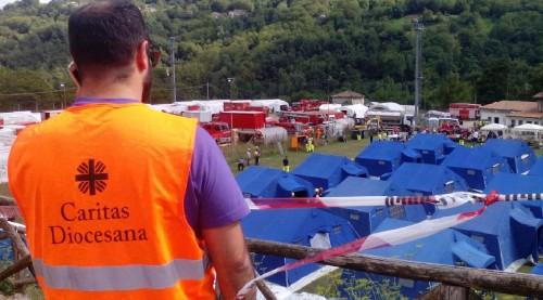 Cáritas Italiana responde a las víctimas del terremoto - Cáritas Diocesana  de Almería